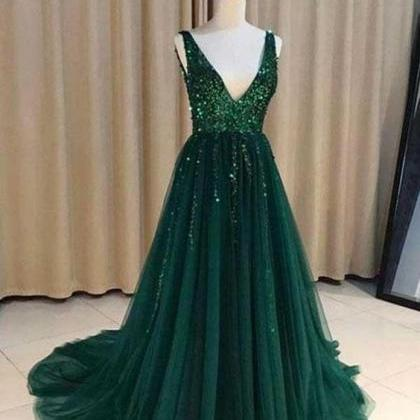 V Neck Emerald Green Tulle A line L..