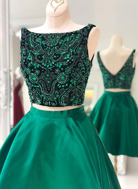 a8f1756fd424 Cute Green Two Pieces Short Prom Dress