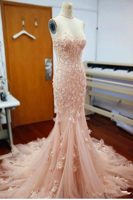 Lace Wedding Dresses,Wedding Gowns,Simple Handmade Bridal Gowns,Dresses For Wedding,Elegant Beach Wedding Dresses,Romantic Wedding Dresses