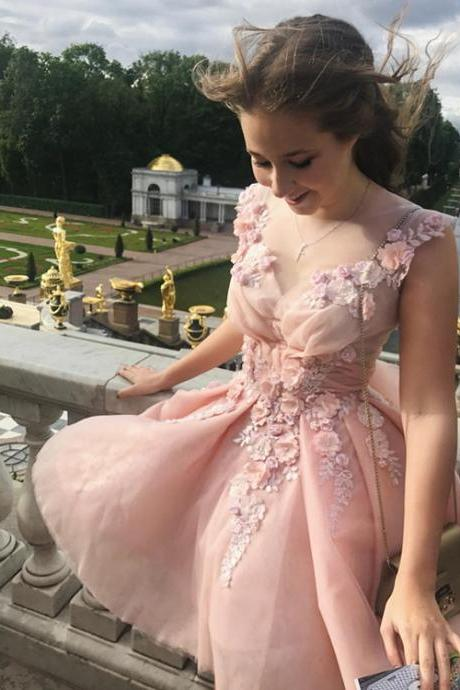 Elegant A-Line Flower Sleeveless Short Homecoming Dress With Appliques