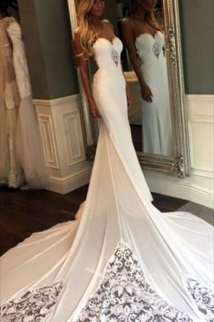 Elegant Floor Length Sweetheart Wedding Dress Open Back Wedding Dress with Cathedral Train