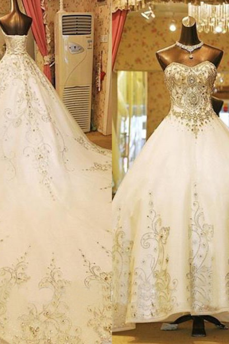Glamorous Sweetheart Watteau Train Wedding Dress with Beading