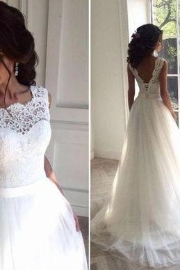 Sleeveless White Wedding Dress,Sexy Appliques Bridal Dress,Tulle Wedding Dresses