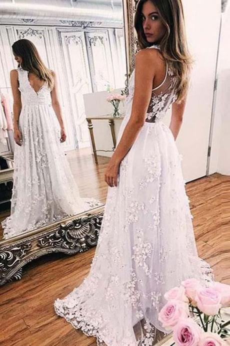 Sweep train A-line White Lace V-neck Appliques Sleeveless Evening Dress Prom Dresses
