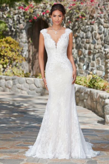 Fabulous Lace V-neck Neckline Natural Waistline Mermaid Wedding Dress With Lace Appliques & Beadings,W1892