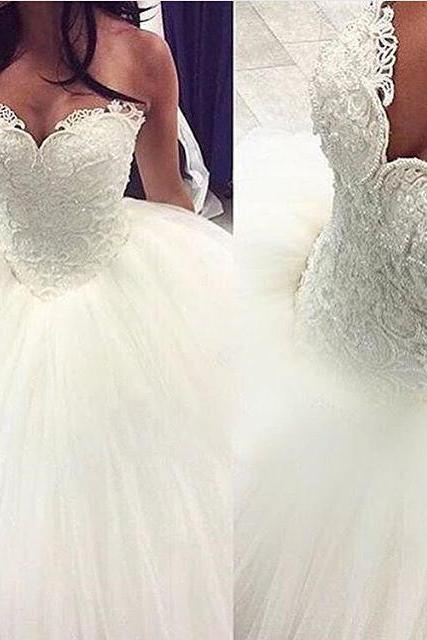 Gorgeous Pearls Ball Gown 2017 Sweetheart Lace Applique Beads Tulle Princess Wedding Dress,W2295