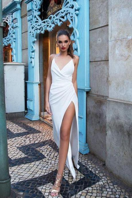 Sexy 2018 Summer Beach Wedding Dresses V-Neck Delicate A-line Wedding Gowns with Split Side,W3121