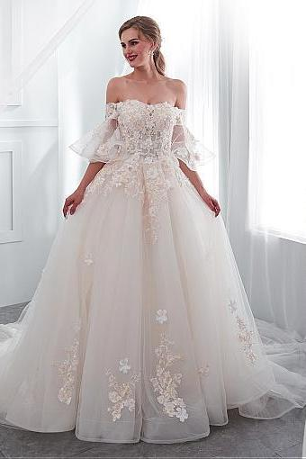 Romantic Tulle Off-the-shoulder Neckline A-line Wedding Dress With Lace Appliques & 3D Flowers & Beadings,W3902
