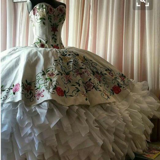Ball Gown Luxury Embroidery lace Princess Wedding Dress Quinceanera Gowns,P2151